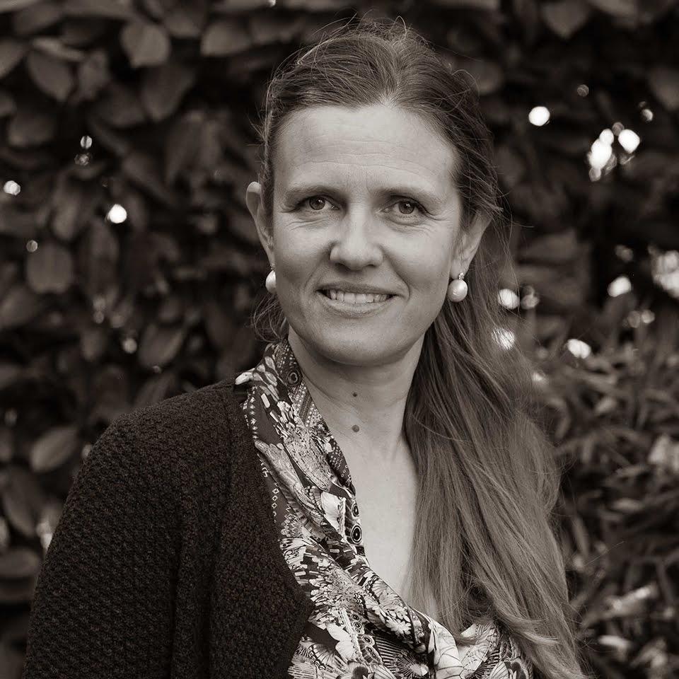 Lorna Harrington Director Barrett Corp Harrington