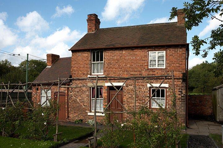 bch-tilted-cottage