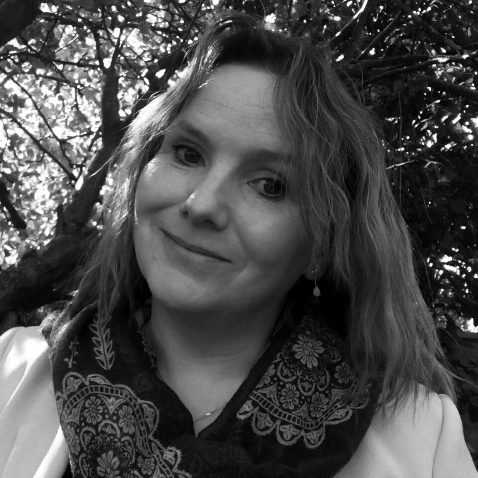 Paula Daniels Associate Director Barrett Corp Harrington